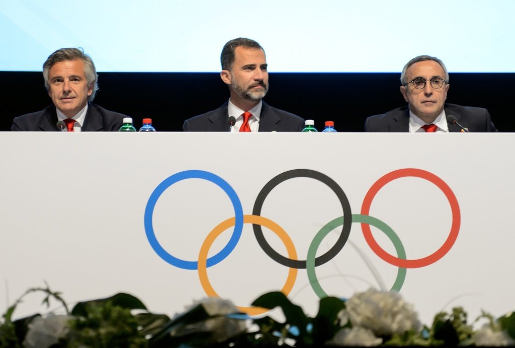Juan Antonio Samaranch junior, Prince Felipe and Alejandro Blanco deliver their presentation to the IOC members