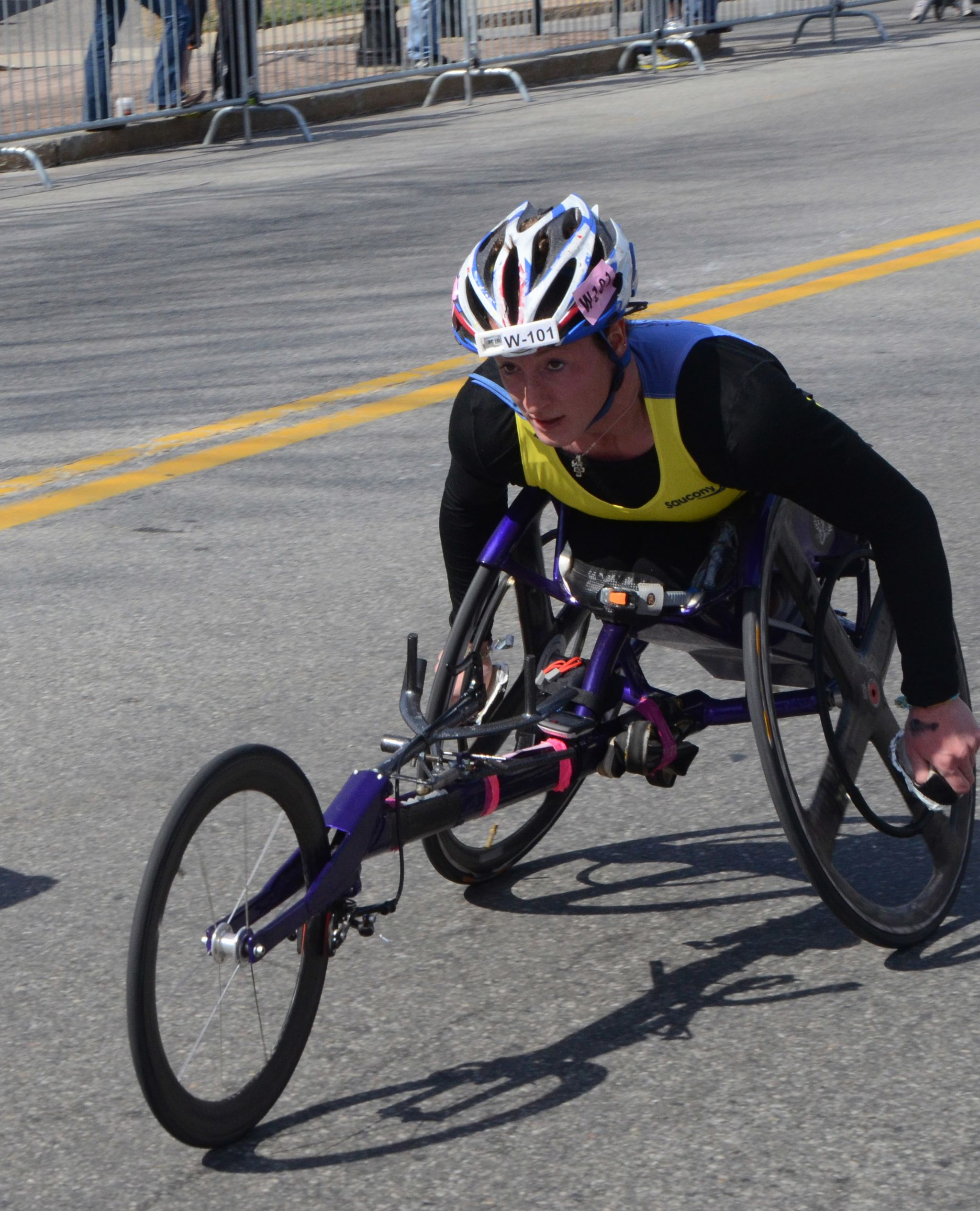 Tatyana McFadden in 2014 Boston Marathon (which she won), near halfway point in Wellesley. Photo By Gr5 (Own work) [CC BY-SA 3.0 (http://creativecommons.org/licenses/by-sa/3.0)], via Wikimedia Commons