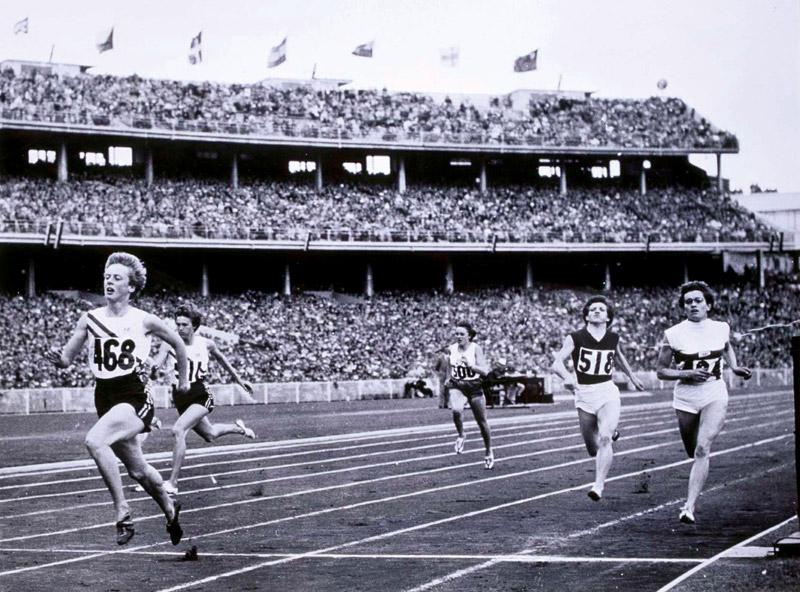 sport in australia in the 1950s