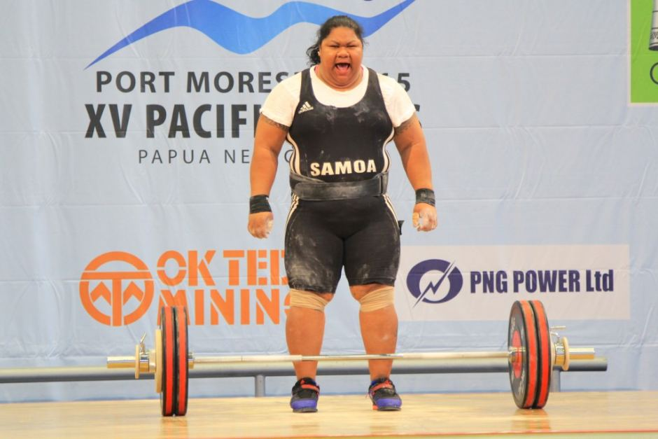 Samoan lifter Ele Opeloge. Photo: abc.net.au