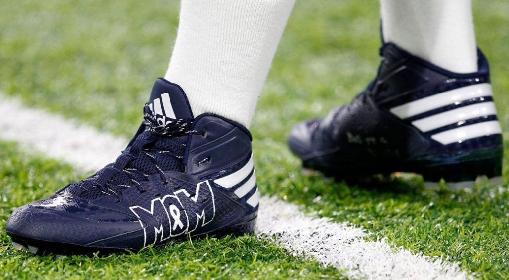 Dallas Cowboys quarterback Dak Prescott's are a tribute to his deceased mother, who died from colon cancer. They were made to support colon cancer prevention efforts. Photo: SportsNet.ca