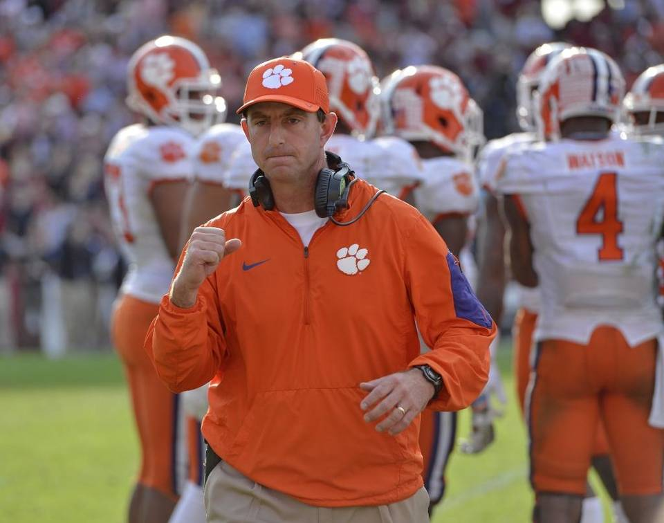 Evan Weiner Swinney Should Give Up His Salary The Sport Digest